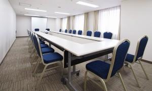 36.W Sakuragicho_Meeting room